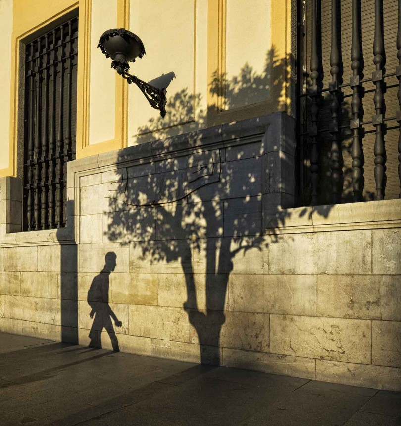 08.21-SALVADOR SQUARE - Beril Baytan
