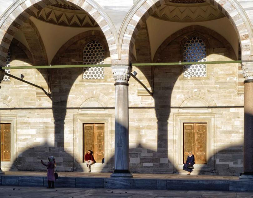 16.56 - Canan Erenmemişoğlu - Sultanahmet Camii
